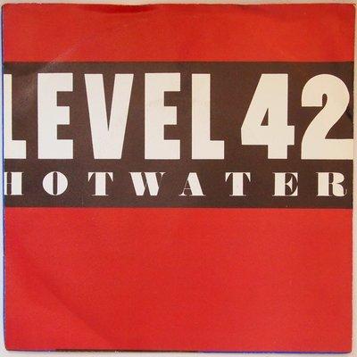Level 42 - Hot water - Single
